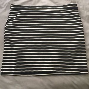 Forever 21 black and white striped body con skirt